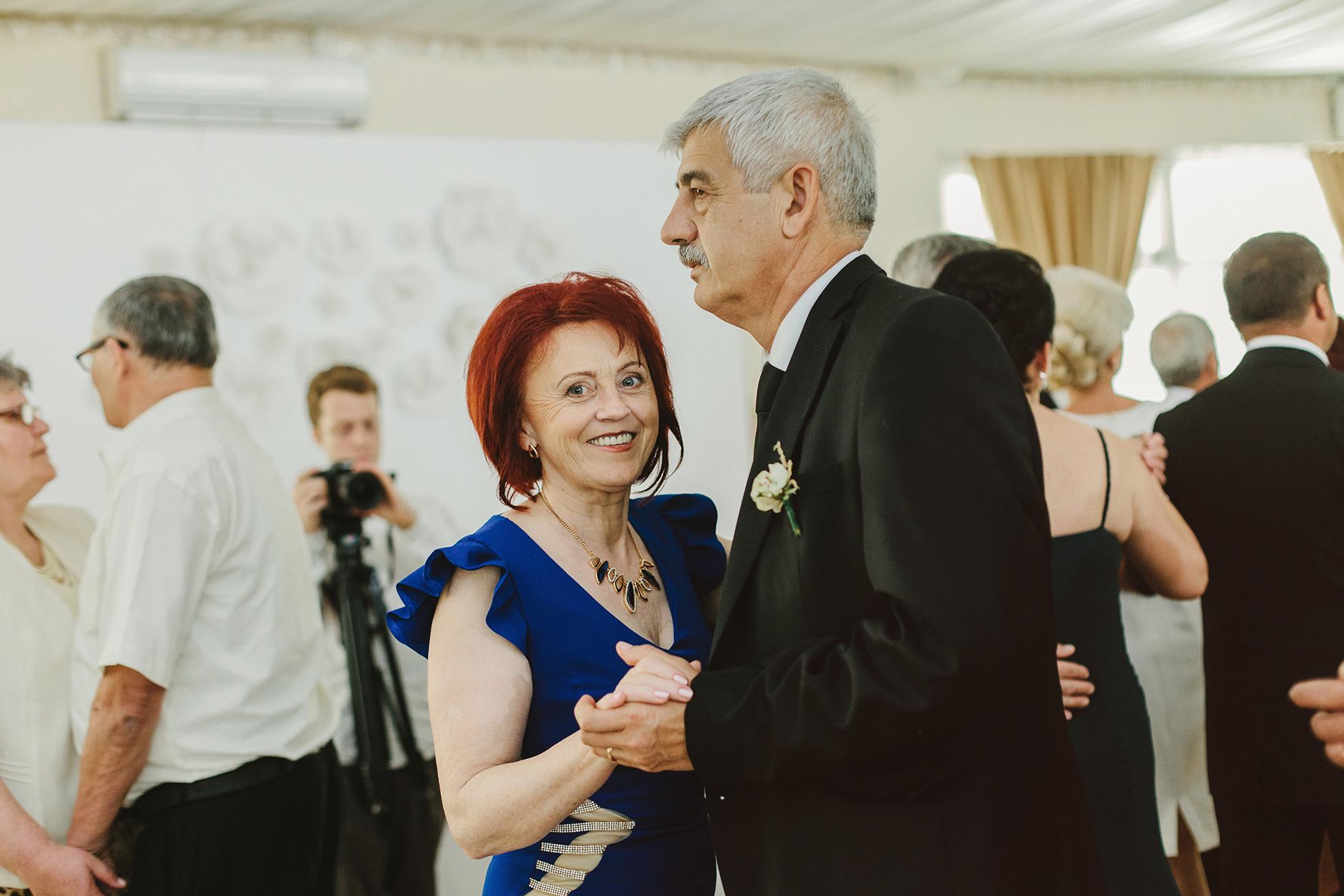 Liana-+-Florin-{wedding}-194