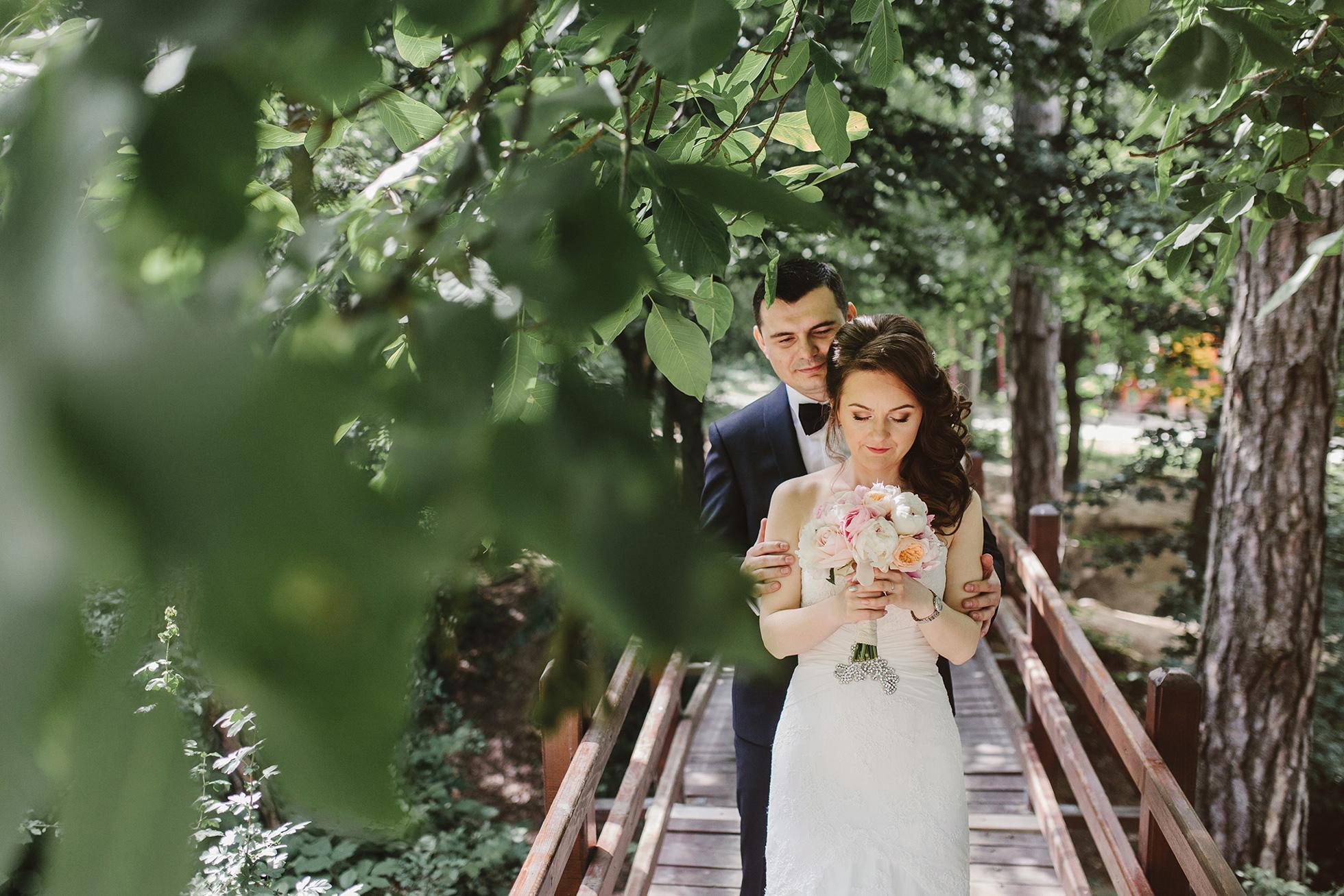 Liana-+-Florin-{wedding}-049