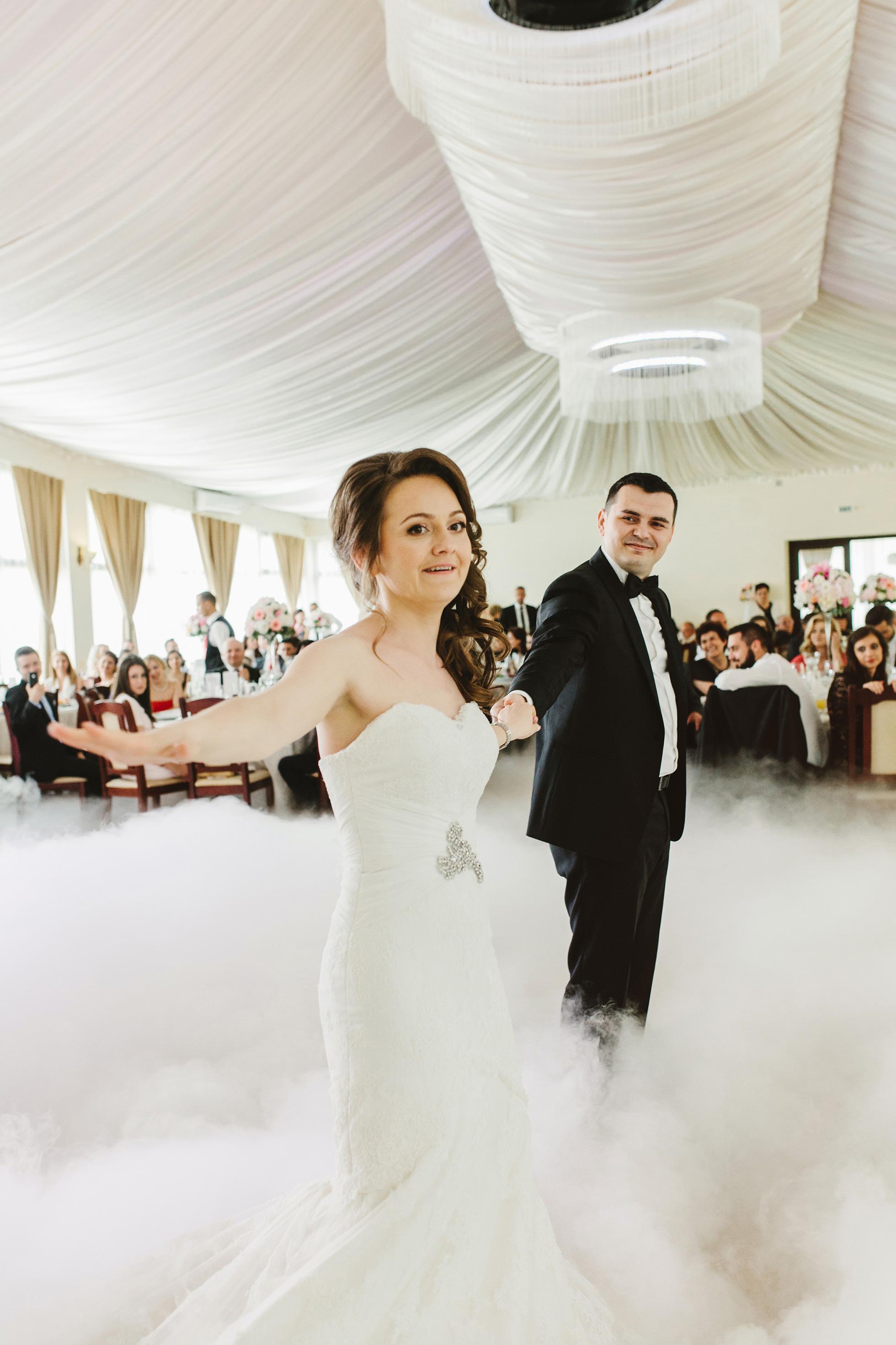 Liana-+-Florin-{wedding}-153