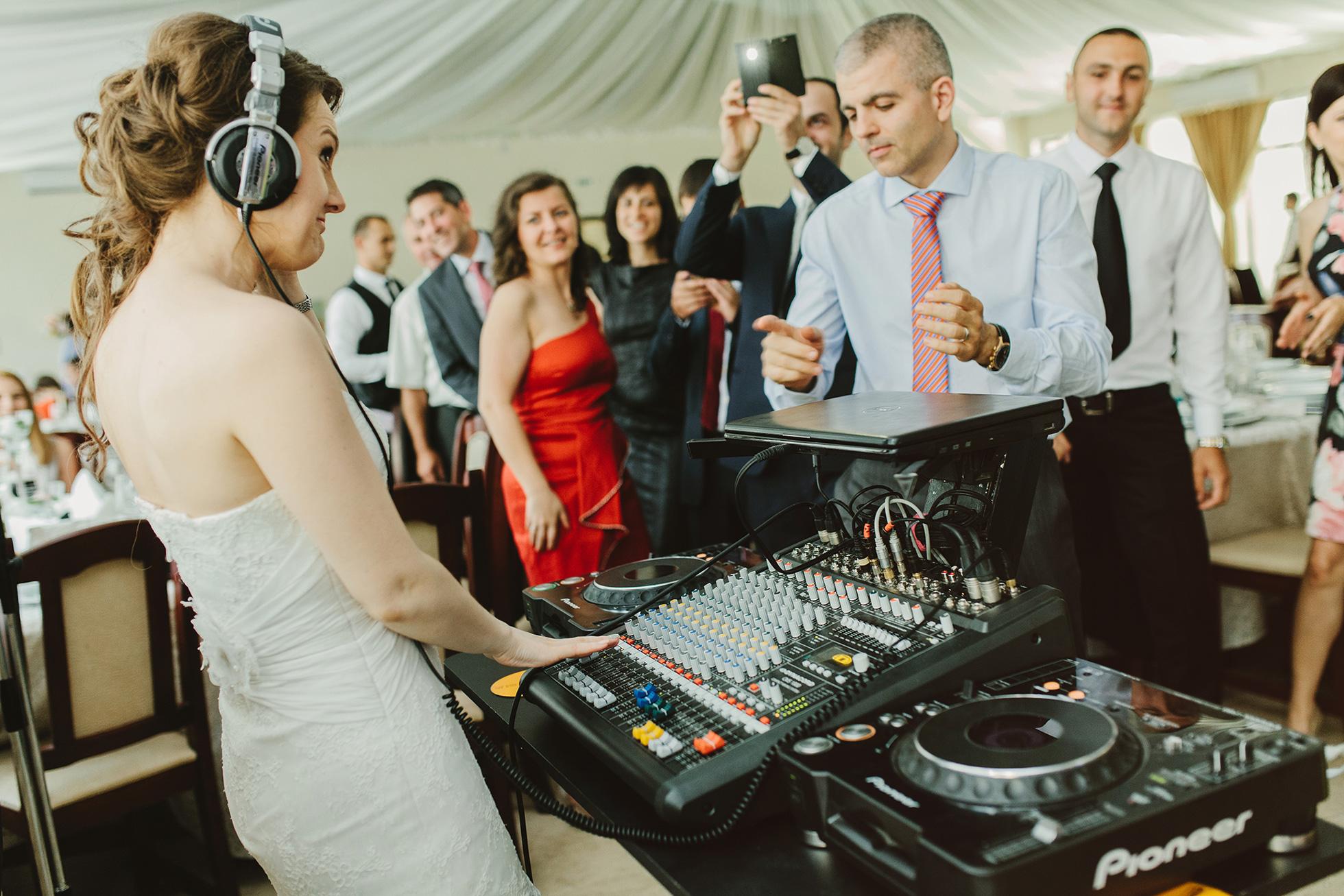 Liana-+-Florin-{wedding}-213